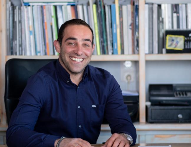 Αντιδήμαρχος καθαριότητας Ιάκωβος Δακτυλίδης: «Στο ζήτημα της καθαριότητας, δεν υπάρχει ατομική ευθύνη στη Μύκονο»