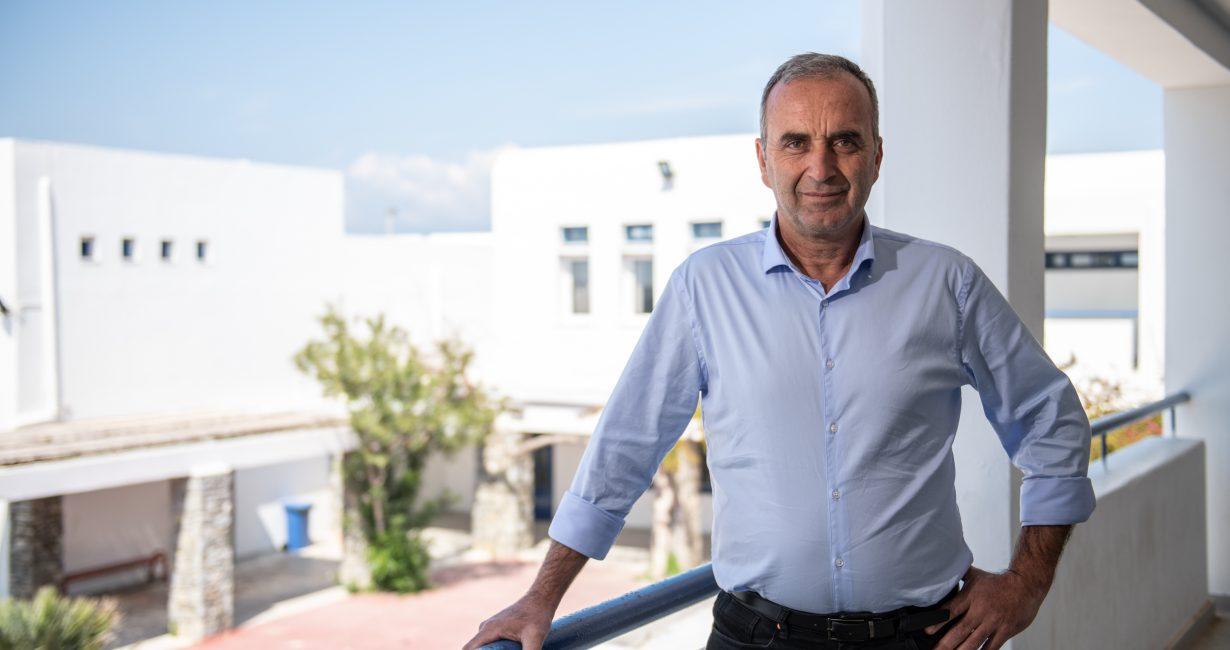 Γιώργος Ρουσουνέλος: «Έχουν ολοκληρωθεί οι μελέτες για την κατασκευή του κτιρίου για το νέο ΕΠΑΛ Μυκόνου»