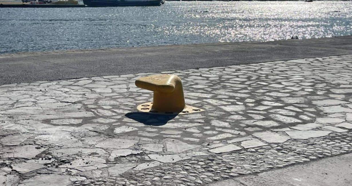 Δήμος Μυκόνου: Τοποθέτηση δύο νέων δεστρών στο νέο λιμάνι του Τούρλου