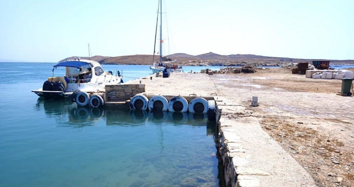 Άμεση αποκατάσταση στο λιμάνι της Δήλου