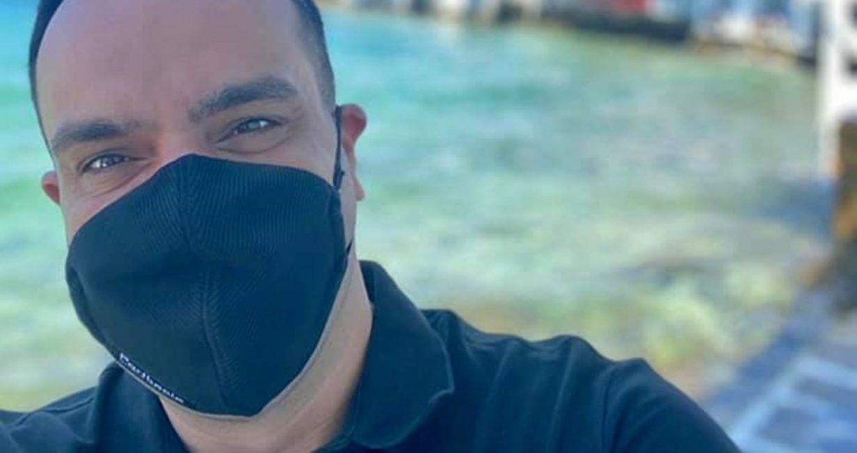 Εμβολιάστηκε ο δήμαρχος Μυκόνου στο Κέντρο Υγείας του νησιού