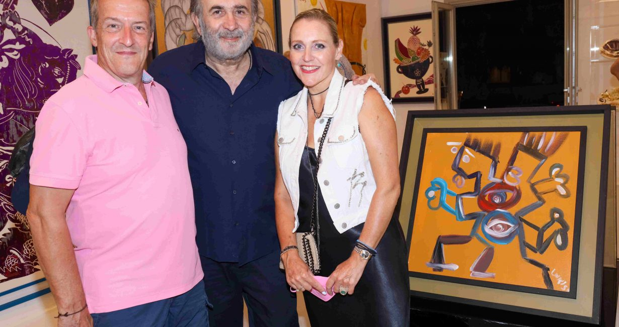 Εγκαίνια της έκθεσης των Λάκη Λαζόπουλου-Απόστολου Χαντζαρά στην γκαλερί Kapopoulos Fine Arts στην Πάρο