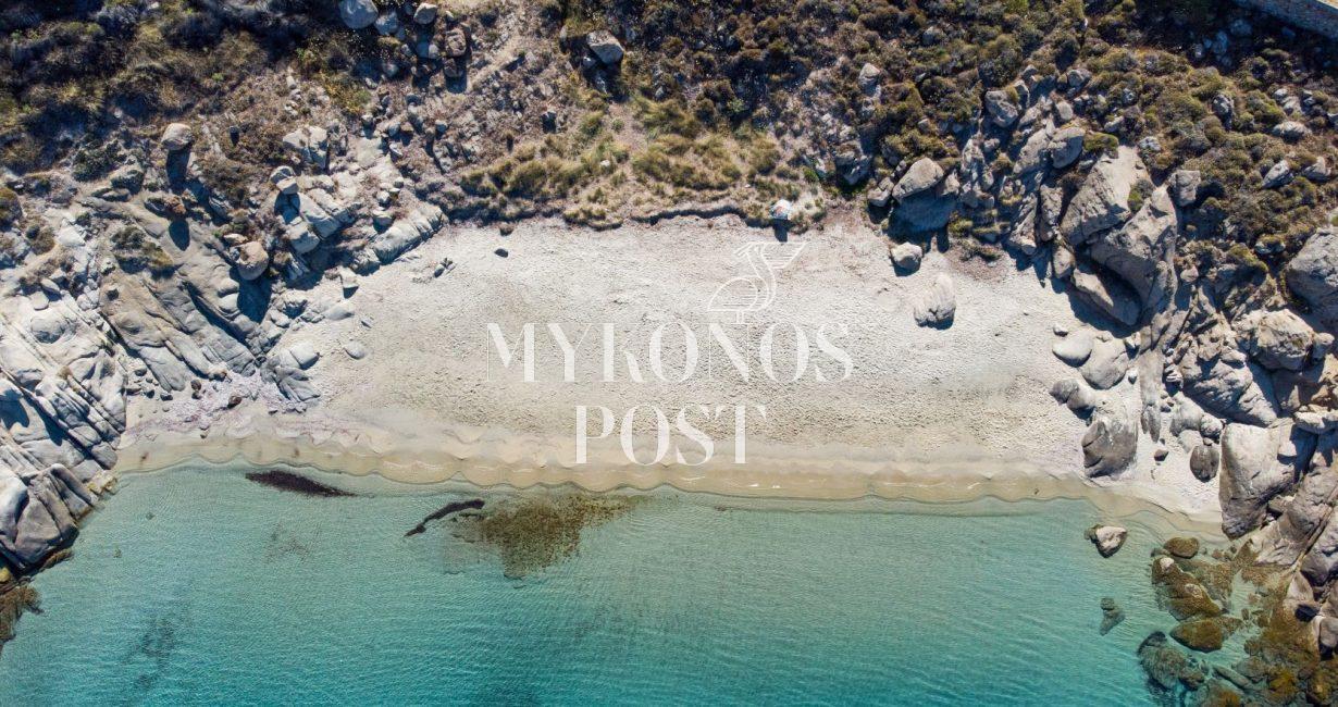 Οι κρυμμένες παραλίες της Μυκόνου για τις πιο ήσυχες και prive βουτιές