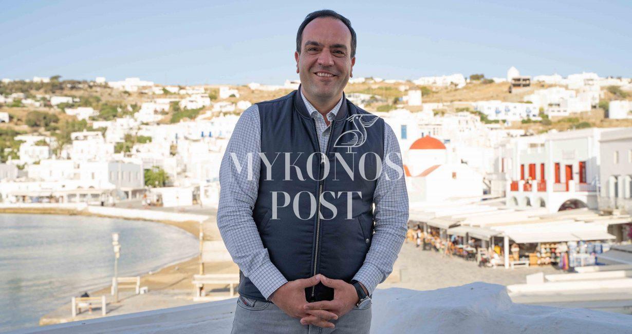 Η εκκλησία, οι δήμαρχοι της Ελλάδας και οι Μυκονιάτες στο πλευρό του δημάρχου, Κωνσταντίνου Κουκά, για την υπόθεση Καλό Λιβάδι