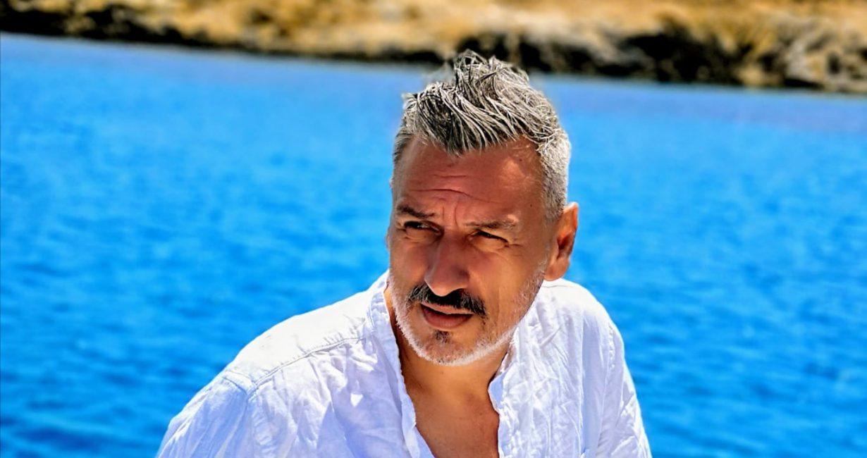 Λάμπρος Σταυρόπουλος: «Θα μπορούσα να χαρακτηρίσω τη Μύκονο σαν μια μικρή Νέα Υόρκη»